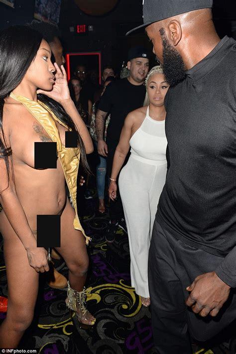 Pregnant Blac Chyna Makes It Rain Dollar Bills On Naked Women With Rob Kardashian At Miami Strip