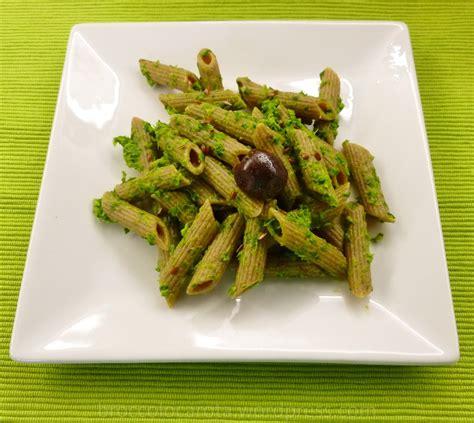 salsa di sedano verde recuperare salsa di foglie di sedano e la malinconia va