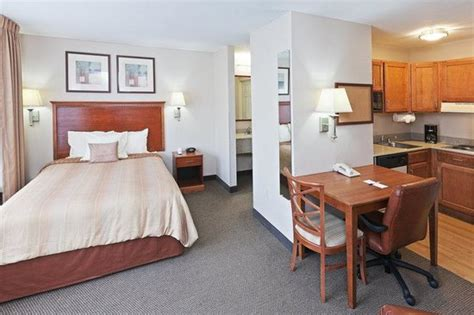 2 bedroom suites in dallas tx two bedroom suite picture of candlewood suites dallas market center dallas tripadvisor