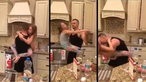 Un Padre Se Coje A La Hija | padre bailando con su hija en la cocina genera pol 233 mica