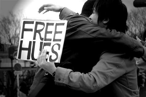 free hug the bookshelves free hugs