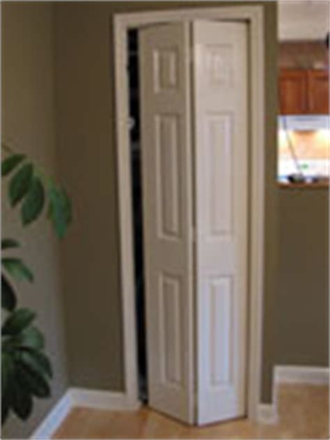 Remove Bifold Closet Doors Removing An Bifold Closet Door Closet Interior Doors Doors Repair Topics