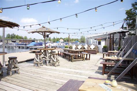 loosdrecht strandtent de plashoeve restaurant cafe motel strand ph