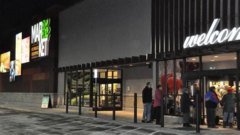 golub corp  schenectady ny opens  market  store  fort edward ny albany business