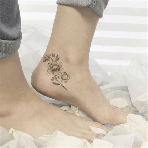 flower ankle tattoos 25 best ideas about delicate flower on