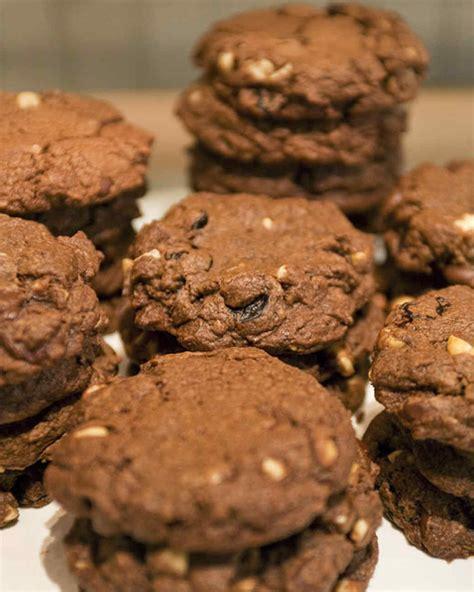 martha stewart cookies 0593066448 chocolate hazelnut cookies recipe video martha stewart