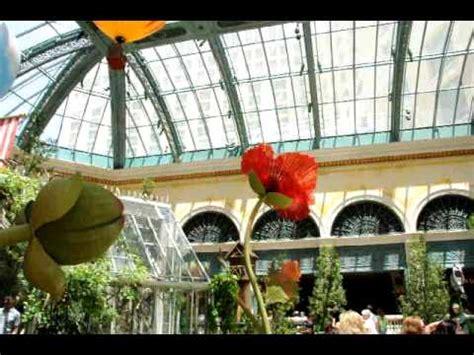 las vegas bellagio hotel indoor garden youtube