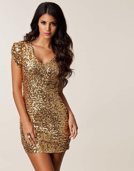 cocktailjurken voor oudere dames gouden jurken
