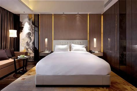 Hotel Room Design Ideas That Blend Aesthetics With Bedroom Seating
