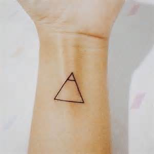 20 cute small meaningful tattoos for women pretty designs