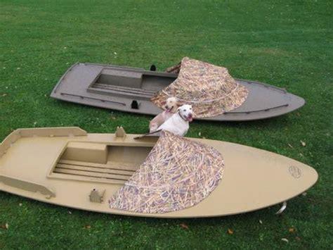 layout boat plastic boats