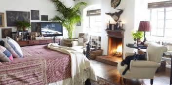 Cozy Bedroom Ideas by 25 Cozy Bedroom Ideas How To Make Your Bedroom Feel Cozy