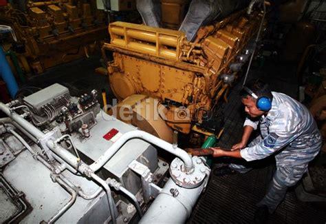 Mesin Kapal berita foto kri slamet riyadi frigate andalan tni al
