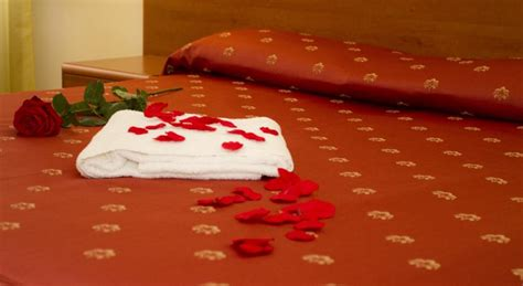 massaggio in vasca massaggio linfodrenante vasca idromassaggio e wi fi gratis