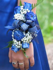 corsages for homecoming my senior prom corsage diy