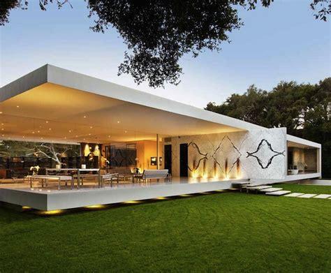 santa barbara s glass pavilion