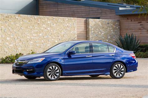 honda accord 05 2017 honda accord hybrid drive review
