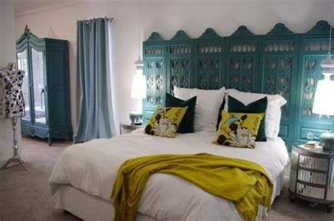 turquoise keyhole headboards contemporary bedroom c2 10 unusual headboard ideas for an original bedroom