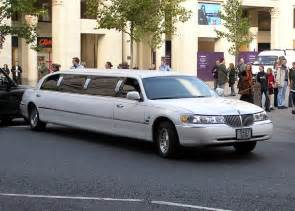 Limousine Service How To Choose Limo Services Stretch Limousine Hire In