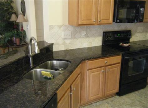 Countertop Prices Per Square Foot by Wallpaper Cost Per Square Foot Wallpapersafari
