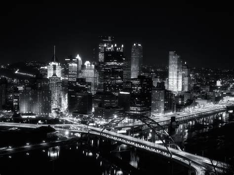 wallpaper black city wallpaper mansion black and white city wallpapers