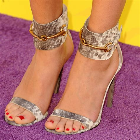 best celebrity feet photos best celebrity feet ariana grande selena gomez rihanna