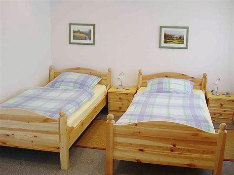 einzelschlafzimmer komplett ferienwohnung mohr walsdorf firma g 228 stehaus mohr
