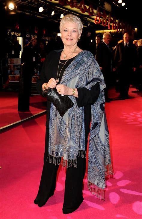 Judi Dench Pashmina   Judi Dench Looks   StyleBistro
