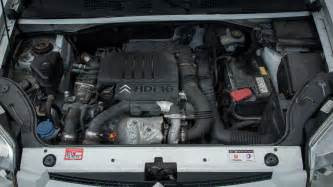 Volvo S40 2 4 Fuel Consumption Volvo S40 2 0 2007 Auto Images And Specification