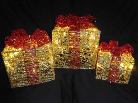 light up glitter gold and red indoor outdoor christmas