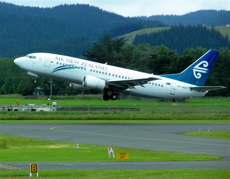 Can I Work In New Zealand With A Criminal Record File Air New Zealand 737 Zk Ngh Dunedin Airport Jpg
