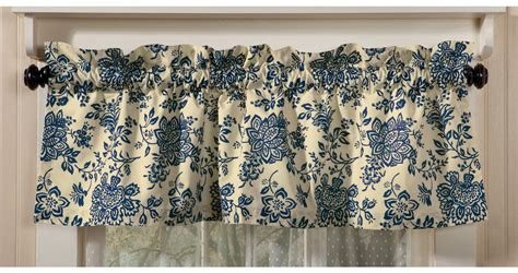 And Blue Valance Window And Curtain Help Shoptalk By Sturbridge Yankee