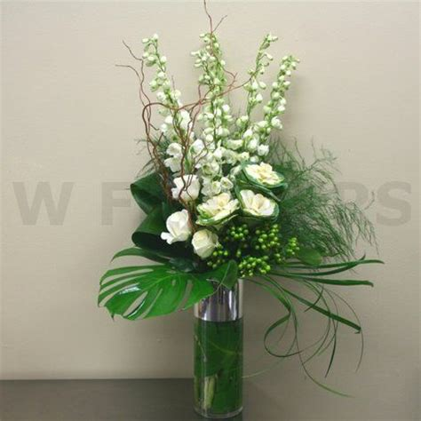 Modern Flower Arrangements In Vase by 1000 Images About Floral Arrangements On Altar Flowers Floral Arrangements And