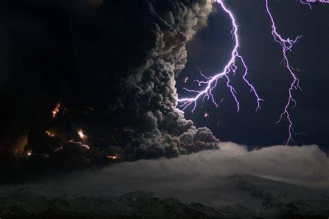 lightning clouds volcano eruptions night smoke