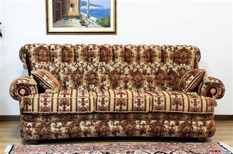 divani damascati divano classico di lusso in tessuto damascato con capitonn 232