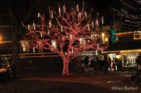 peddler s village christmas lights peddler s village at christmas photos