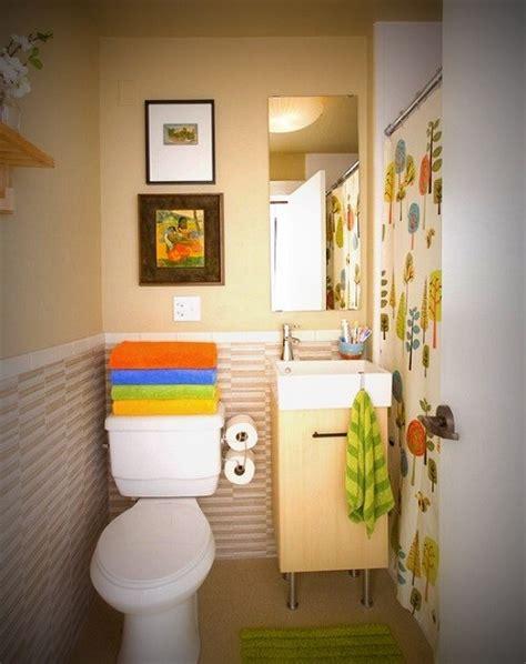 uni kids bathroom ideas ديكورات حمامات صغيرة تزيد مساحتها