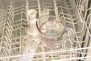 How Do You Clean A Dishwasher Inside Get A Super Clean Dishwasher With Vinegar Mom 4 Real