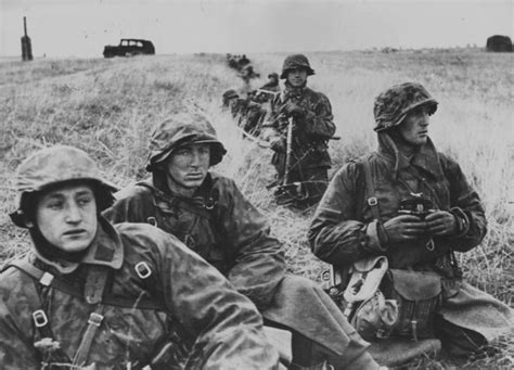 wwii german ss soldiers 740 best the waffen s s images on pinterest soldiers