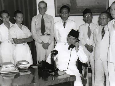 short biography of moh hatta contoh dialog naskah drama sejarah di sekitar peristiwa