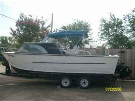 big bass classifieds 21 cabin cruiser fishing boat for