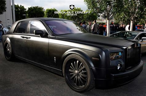 roll royce wraith matte matte black rolls royce phantom by black out concept
