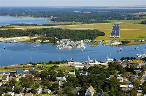 tow boat beaufort nc town creek marina in beaufort nc united states marina