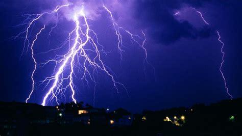 imagenes en movimiento de tormentas protegete vos y cuid 225 tu casa cuando hay tormenta