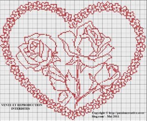 Grilles Point De Croix Gratuites à Imprimer by Grille Gratuite Point De Croix Coeur Et Roses