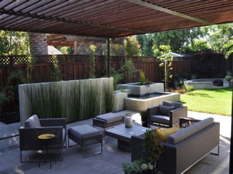 Patio Moderne by Modern Patio Design Modern Back Yard Patio Ideas Concrete