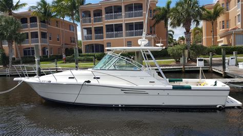 pursuit 3000 express used boats 2000 used pursuit 3000 express cruiser boat for sale