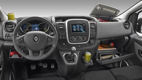 renault trafic 2016 interior dimensions renault trafic combi 2015 coffre et int 233 rieur