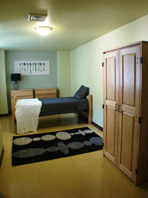 3 bedroom apartments pittsburgh pittsburgh apartment photos the standard life building