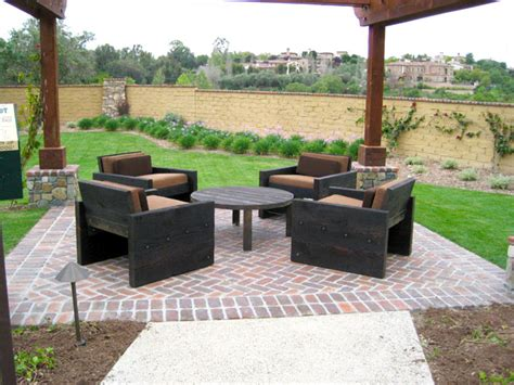 recycled wood outdoor furniture ideas 17 awesome